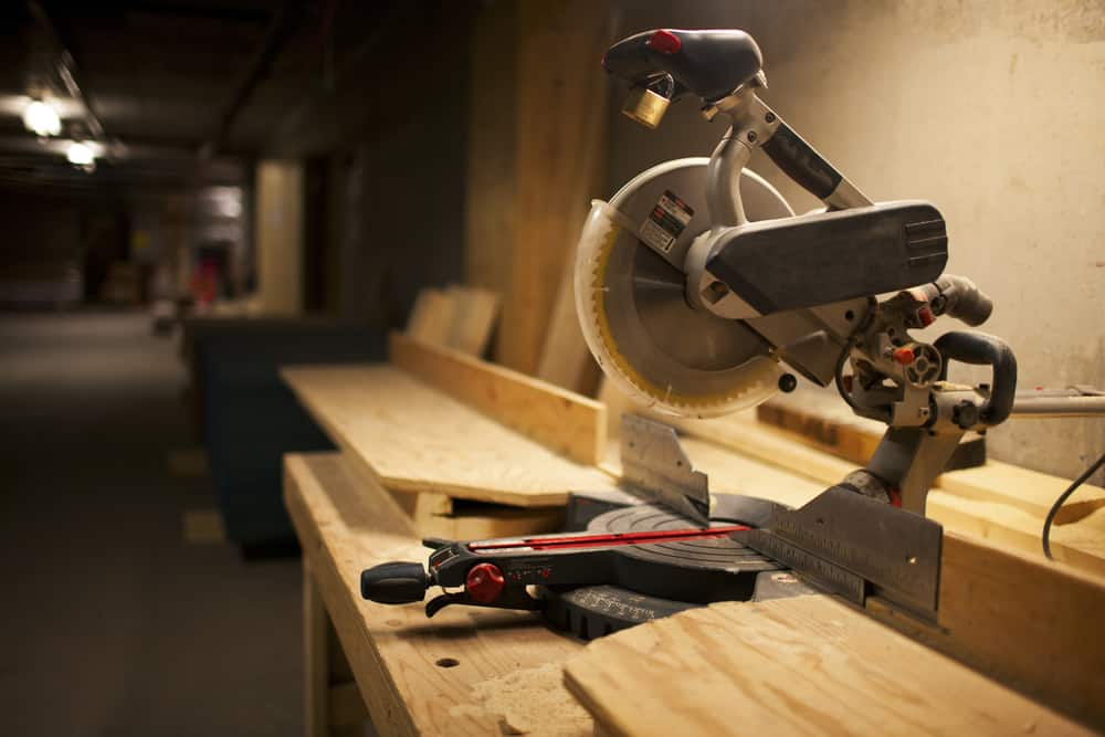 5 Free DIY Miter Saw Stand Plans For Your Next Woodworking Project |  Gasgouge.ca Blog